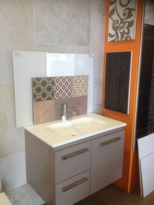 help me choose my bathroom feature tiles
