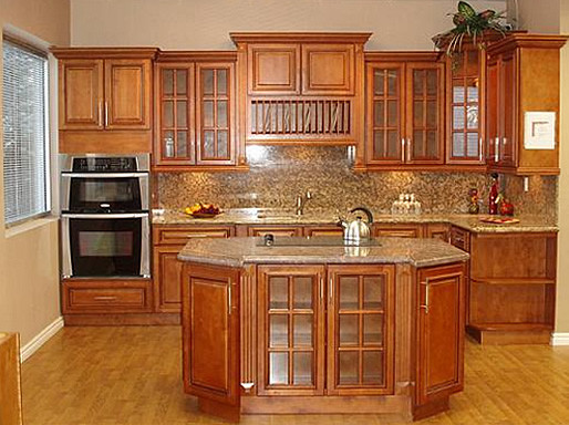 Glazed maple kitchen cabinetry orlando by golden for Maple kitchen cabinets