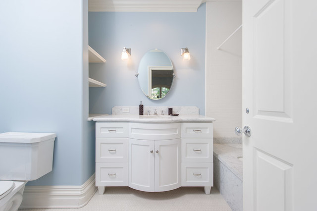 Brentwood Home traditional-bathroom