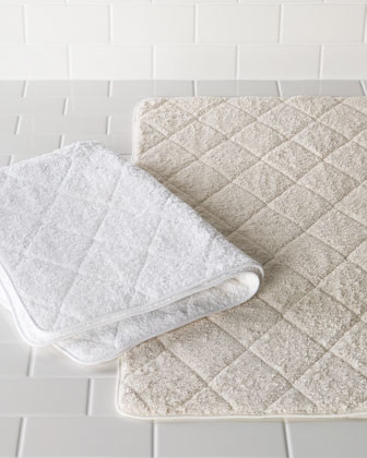 Matouk Cairo Quilted Tub Mat traditional-bath-mats