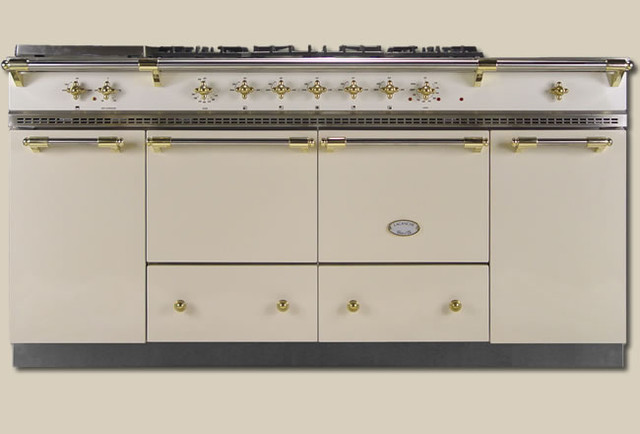 traditional gas ranges and electric ranges by Rebekah Zaveloff