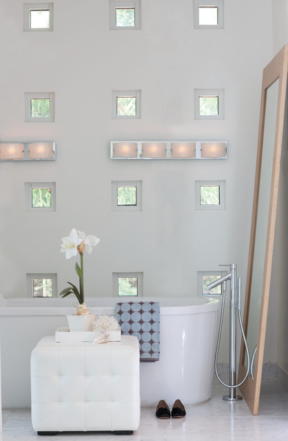 Hinkley Lightings Daphne Collection  bathroom lighting and vanity lighting