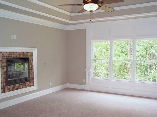 AHB Custom Home Builders - Royal Lake Estates Residence