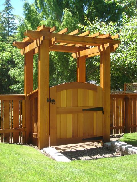 Wood Yard Gate ~ Basic Wood Gate Design