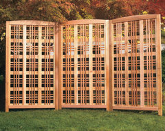 Hampton Landscape Screen traditional fencing