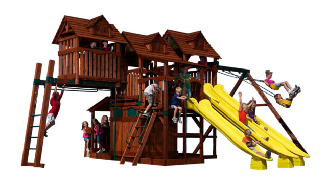 Custom Backyard Play Structures : Play Structures for Any Yard size traditionaloutdoorplaysets