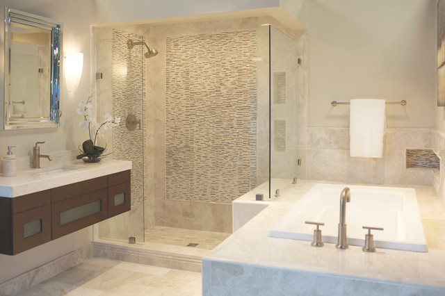 The Queen Beige Marble Bath