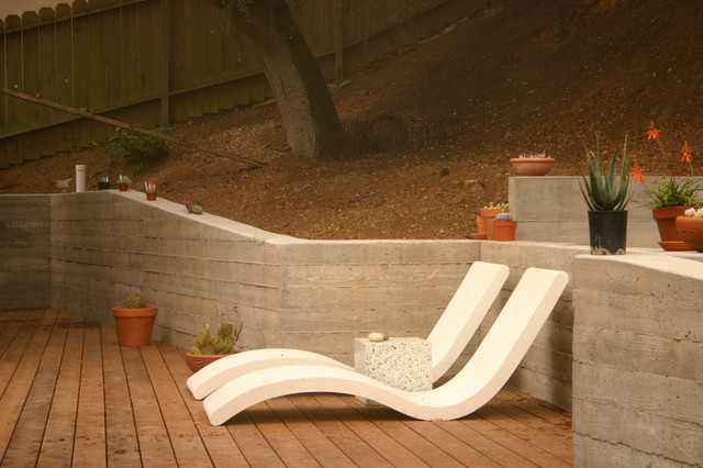 contemporary landscape by Concreteworks