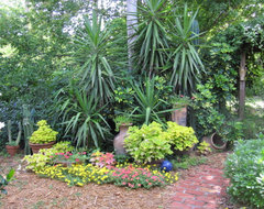 There S A Party In The Backyard Says A Houzz Landscaping
