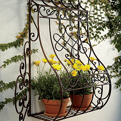 metal wall planter contemporary outdoor pots and. Black Bedroom Furniture Sets. Home Design Ideas