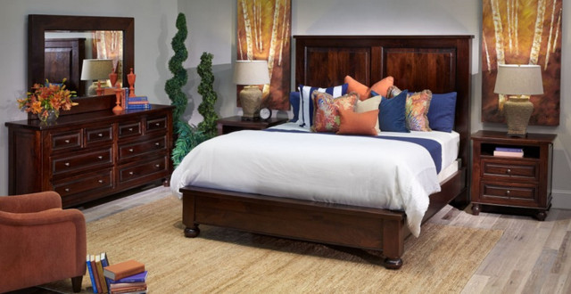 Colonial Plantation Bedroom Collection Traditional
