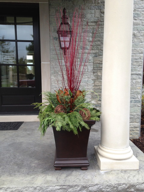 Decorating Ideas > Winter Container Display Modern Outdoor Holiday ~  002227_Modern Outdoor Christmas Decorations Ideas