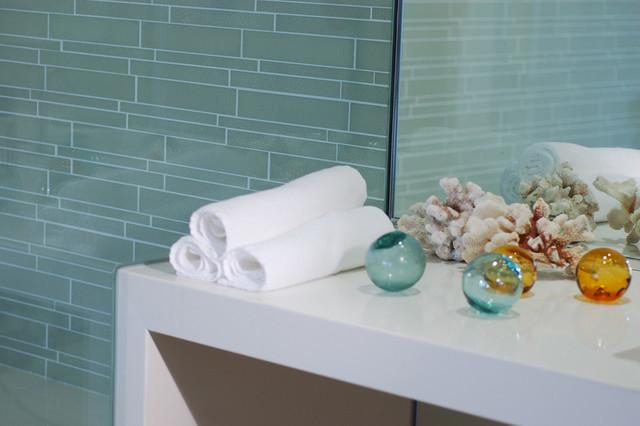 Island Stone Linear Glass Bathroom 2 modern-tile