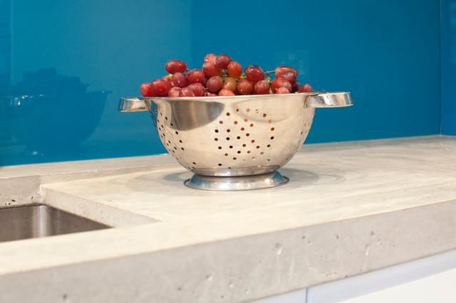 Clerkenwell WC1: Minimalist Professional Home modern-kitchen