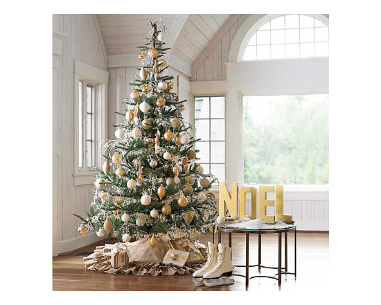 """Grandin Road - First Noel Scene (Without Tree) - 2 First Noel 20-piece Ornament Collections. 2 Sets of 8 Wool White Glass Ornaments, 4"""" dia.. 1 Set of 16 Wool White Glass Ornaments, 3-1/4"""" dia.. 2 LED Cluster Light Strands. 3 Sets of 3 Icy Pearl Garlands. This year, transform your tree into a luminous focal point with our First Noel Scene. With its harmonious balance of natural fibers and metallic finishes, this scene has approachable glamour. Golden hues and warm lights are carefully complemented by ornaments with textured and matte surfaces. It's a sophisticated color palette that remains down to earth. This kit includes:  .  .  .  .  . 1 Ruffled Burlap and Faux Dupioni Tree Skirt ."""
