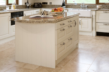traditional-kitchen-cabinets
