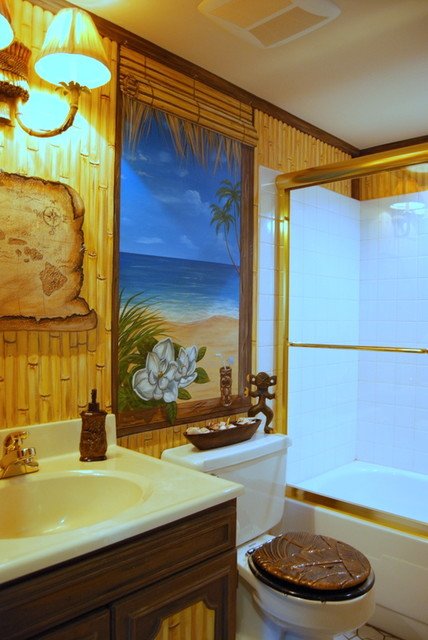Hawaiian beach themed mural by tom taylor of wow effects painted in a bathroom beach style
