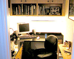 Lower Unit - Tiny Office contemporary-home-office