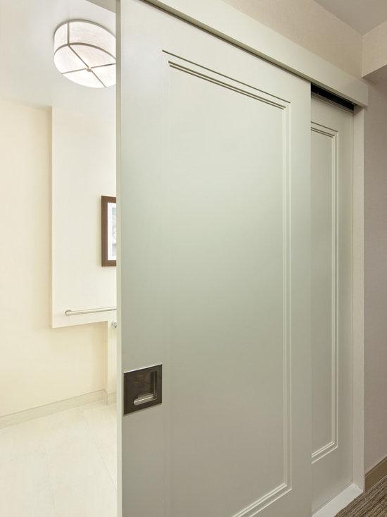 Supa Doors - Escala -
