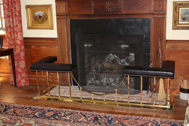 Throwleigh Club Fenders Traditional Indoor Fireplaces