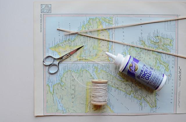 Hanging Map DIY1.jpg