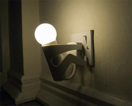 post_lamp man