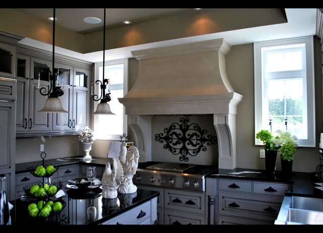 Vannila Skys traditional-range-hoods-and-vents