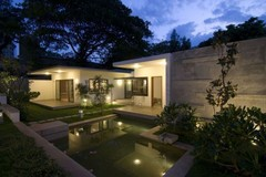 Photo from http://www.kubodo.com/wp-content/uploads/2011/04/Modern-Architecture-