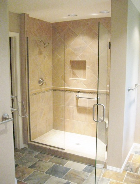 ShowerGuard Frameless Enclosure traditional-showerheads-and-body-sprays