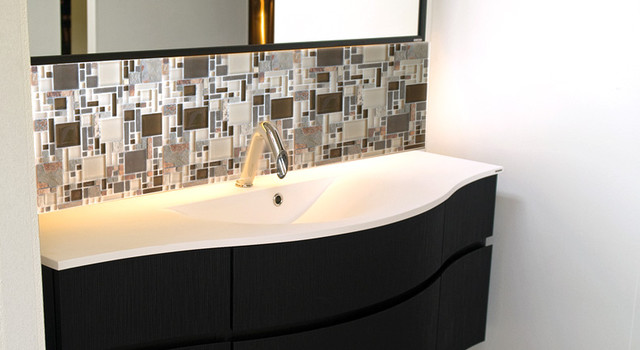Eleganza Tiles Luxe Glass Stone Mix Random Size Strip Mosaic modern bathroom tile