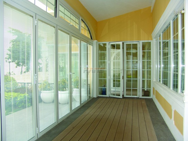 Insulated Glass with Electric Blinds contemporary