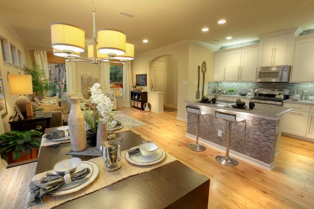 Brick Row Townhomes (Richardson, TX) traditional-kitchen