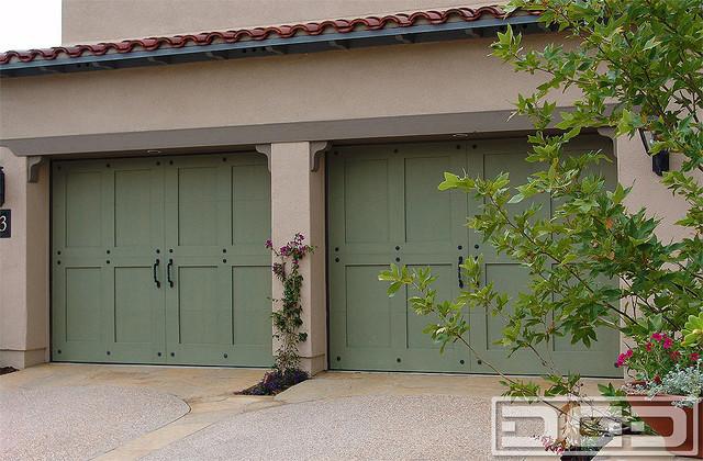 Eco alternative garage doors 09 environmentally friendly for Eco friendly doors