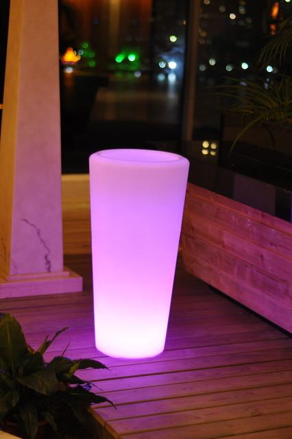 Outdoor LED Lights Vace modern-outdoor-lighting