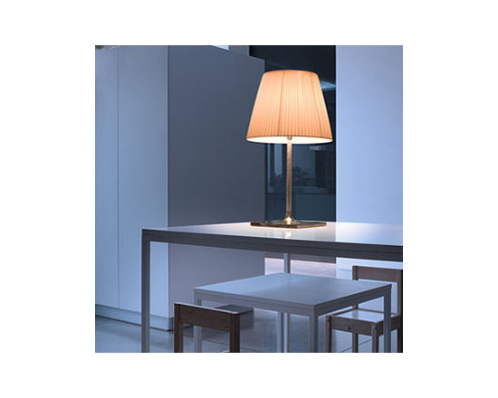 Ktribe T2 Soft Table Lamp By Flos Lighting - KTribe T2 Soft by Flos is part of the new KTribe Collection a series of table, floor and pendant lights.