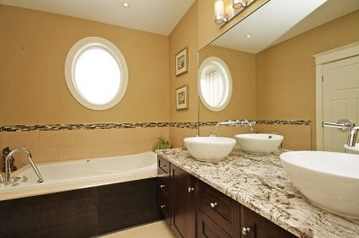 Woodstream, Greely, Ontario, Canada traditional-bathroom