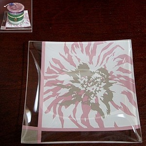 Pack of 4 Candle Plates with Pink Flower Spark with Clear Edge Design asian-plates
