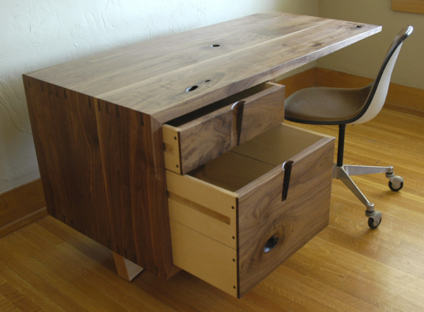 Cupertino Cantilever Desk desks-and-hutches
