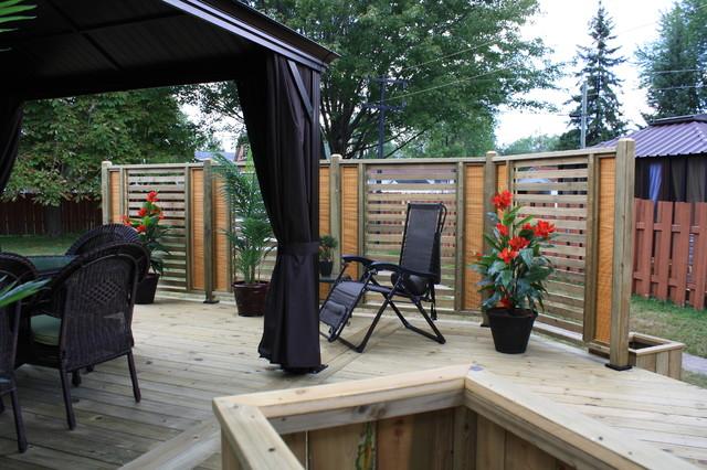 outdoor living trex contemporary-deck