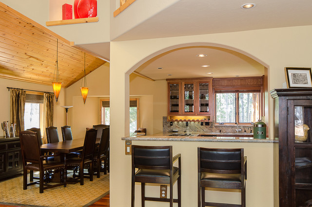 Dining Areas traditional-dining-room
