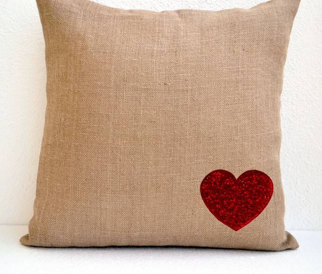 Decorative Valentine Pillows : Valentine Pillows