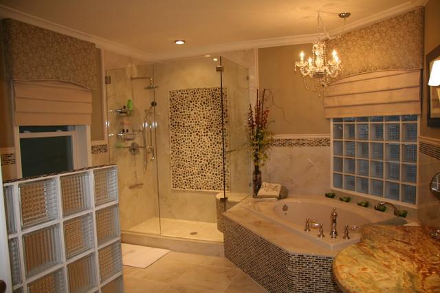 GHB Project Miami, Florida bathroom