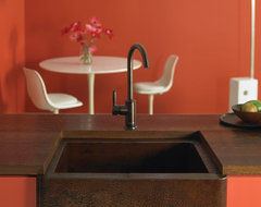 Bungalow Antique traditional kitchen sinks
