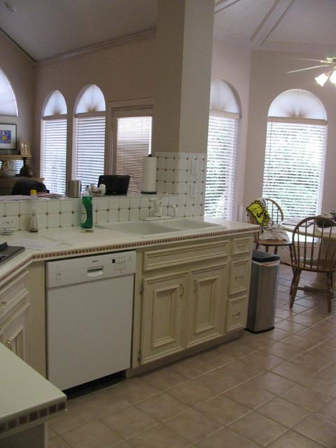 Cinco Ranch-Katy traditional-kitchen