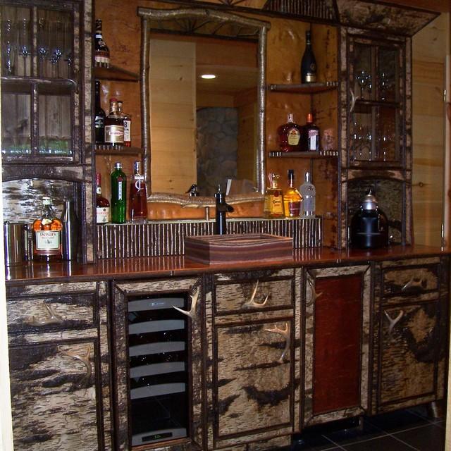 Rustic bathroom, rustic kitchens, barndominiums