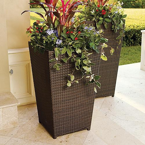 Large garden decorative outdoor flower pots ideas garden for Large garden planter ideas