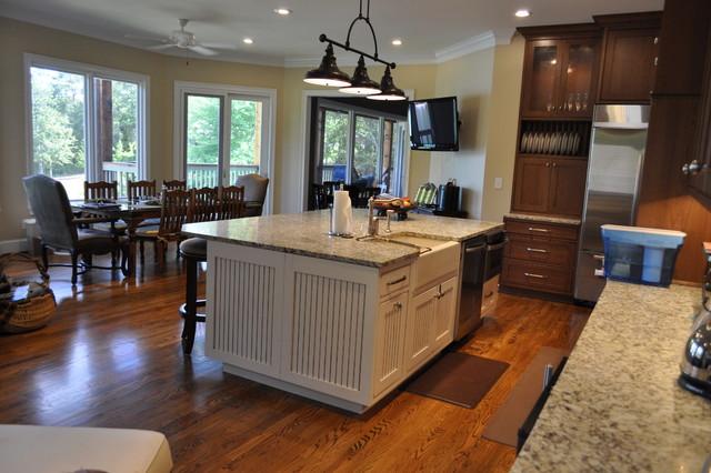 Lake House traditional-kitchen