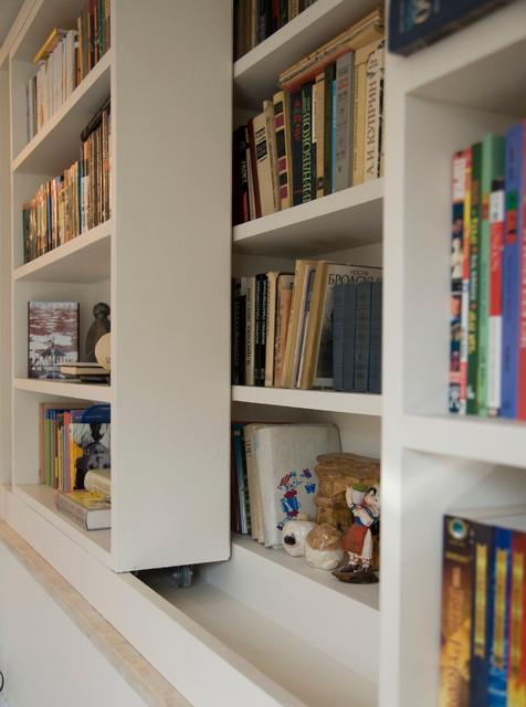 My House modern-family-room