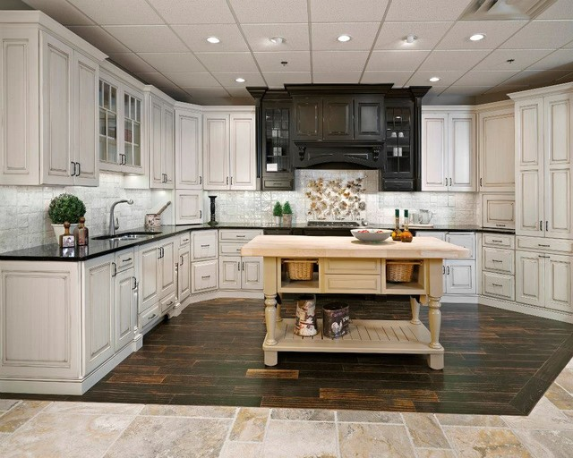 South Kitchen Craft Showroom Traditional Kitchen Cabinetry Edmonton By Kitchen Craft