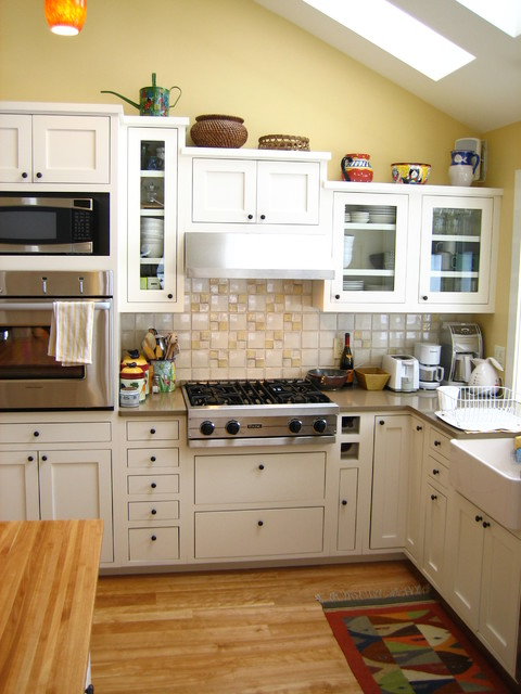 Custom Kitchen Cabinetry traditional